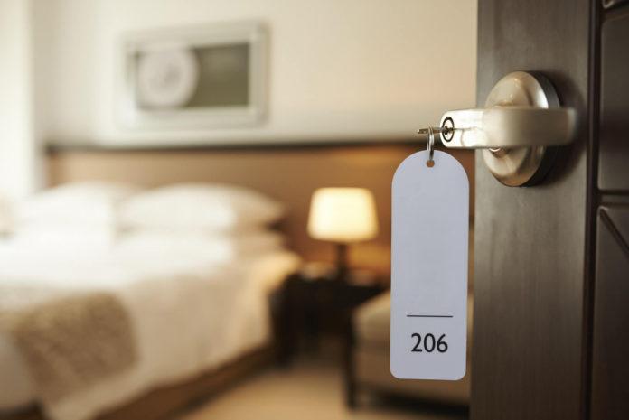 Советы по безопасности в отеле для путешественников
