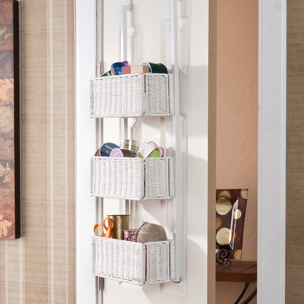 Хранение вещей на задней стороне двери, крючки, корзинки и полки на дверь