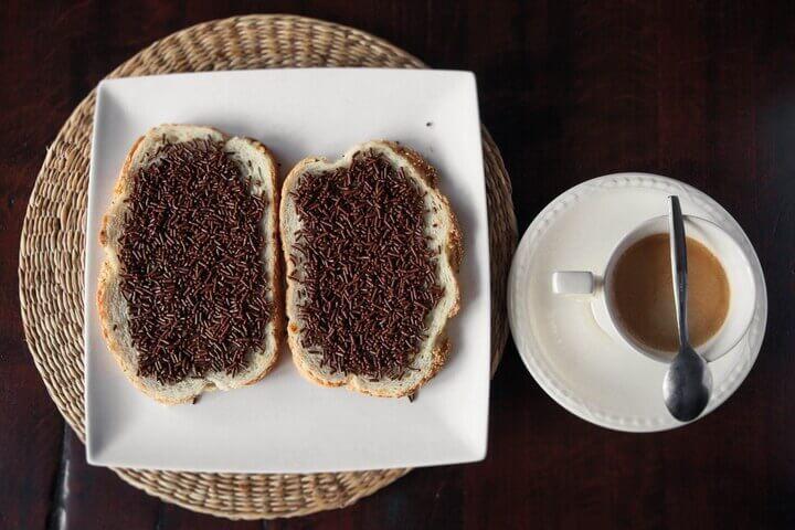 Hagelslag - шоколадный завтрак